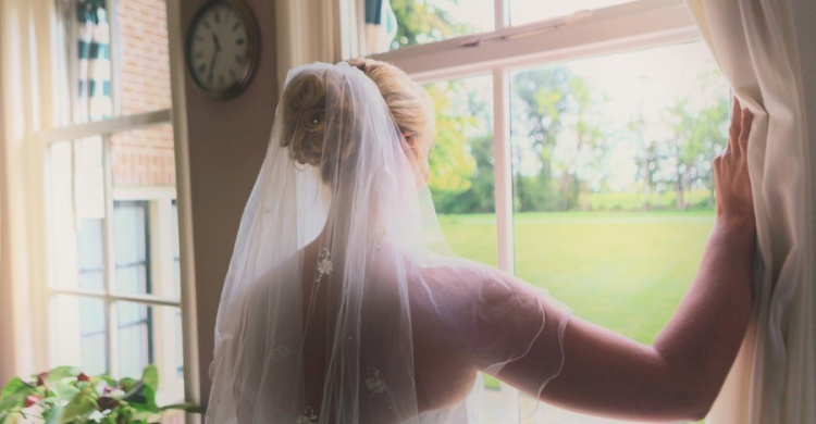 Bruid wacht op bruidegom